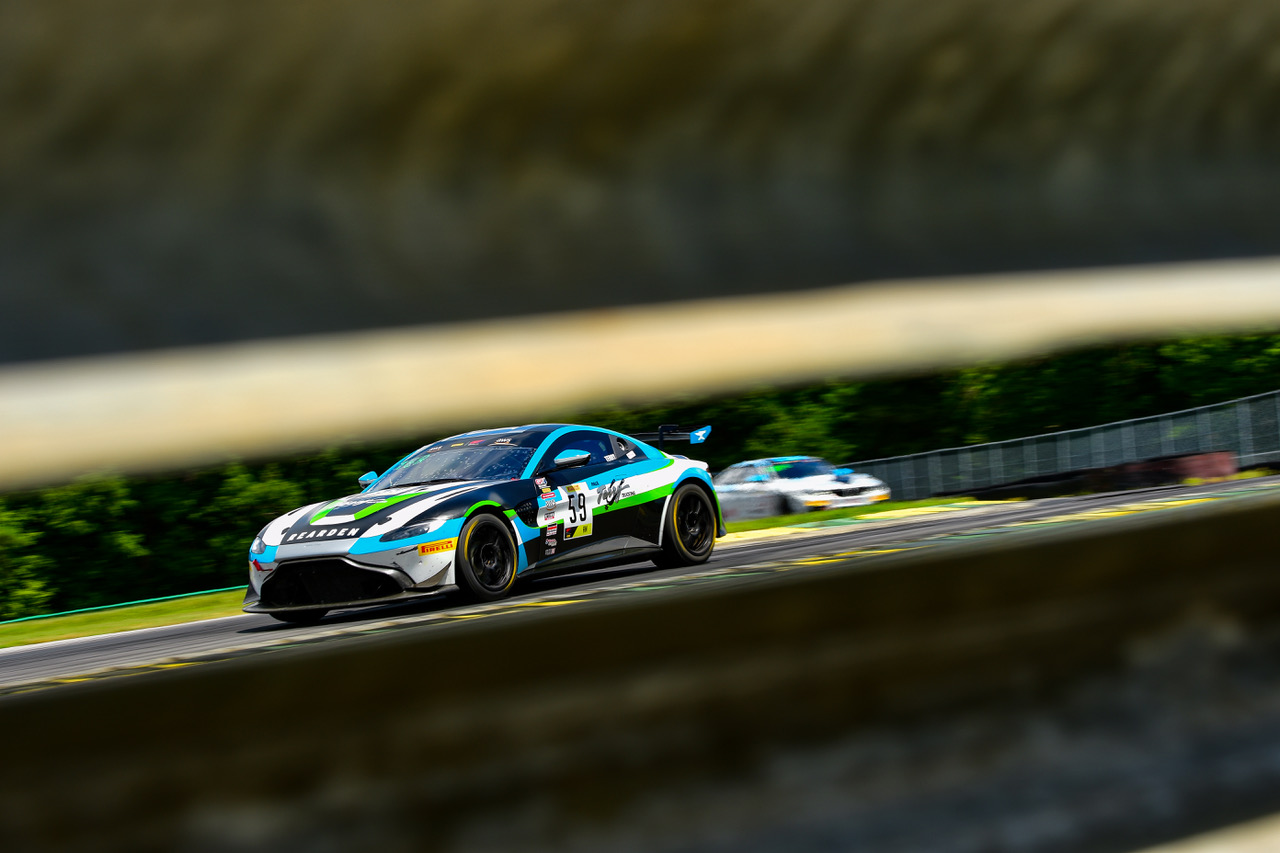 Sonoma Raceway SRO America GT4